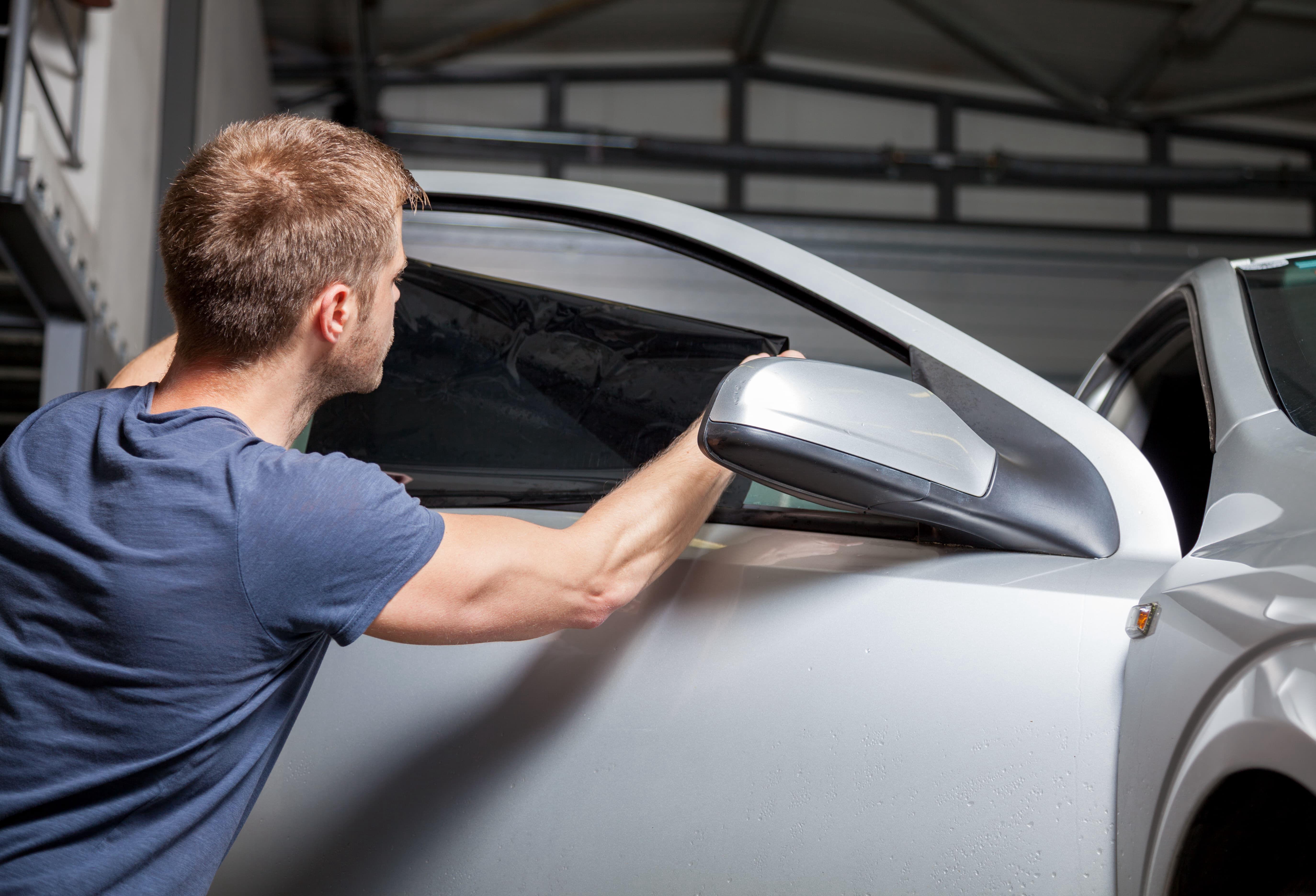 3a99ac9057 Láminas de seguridad: conozca para qué sirven y todo lo necesario en la  protección de su vehículo - Autofact
