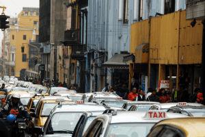 El registro de transporte de un vehículo te permite verificar si el vehículo fue taxi o de carga.