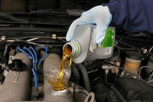 Cuándo y cómo cambiar el aceite de tu motor