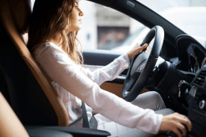 ¿En qué fijarse antes de comprar un auto usado? La prueba de manejo