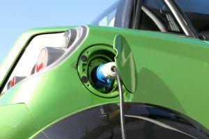 Conoce las ventajas y desventajas de los autos ecológicos