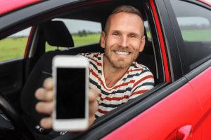 ¿Qué requisitos debo cumplir para ser chofer Uber?