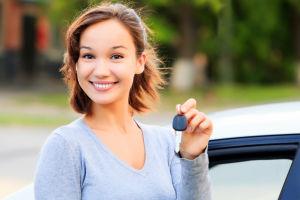Autos para jóvenes: ¿qué características han de tener los vehículos para los más jóvenes?