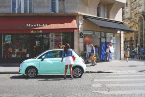 Autos para mujeres: ¿qué aspectos tienen en cuenta al comprar un vehículo?