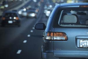 ¿En qué fijarse antes de comprar un auto usado? Compara precios