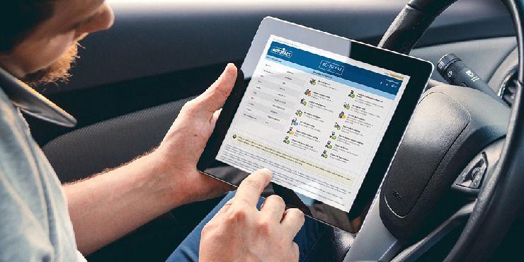 Puedes revisar información sobre el permiso de circulación para cualquier patente con Autofact